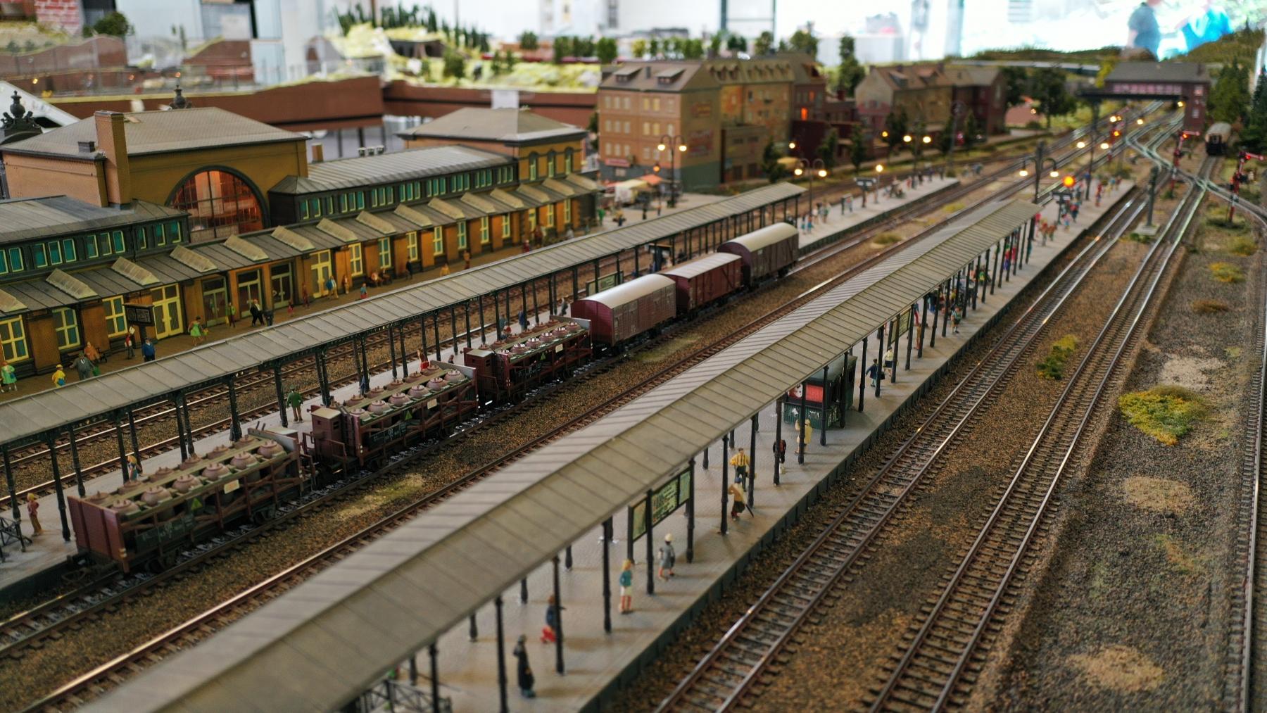 MEC Erkrath e.V. Bahnhofansichten